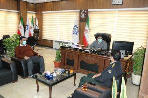 دیدار رییس کلانتری 14 با شهردار صالحیه