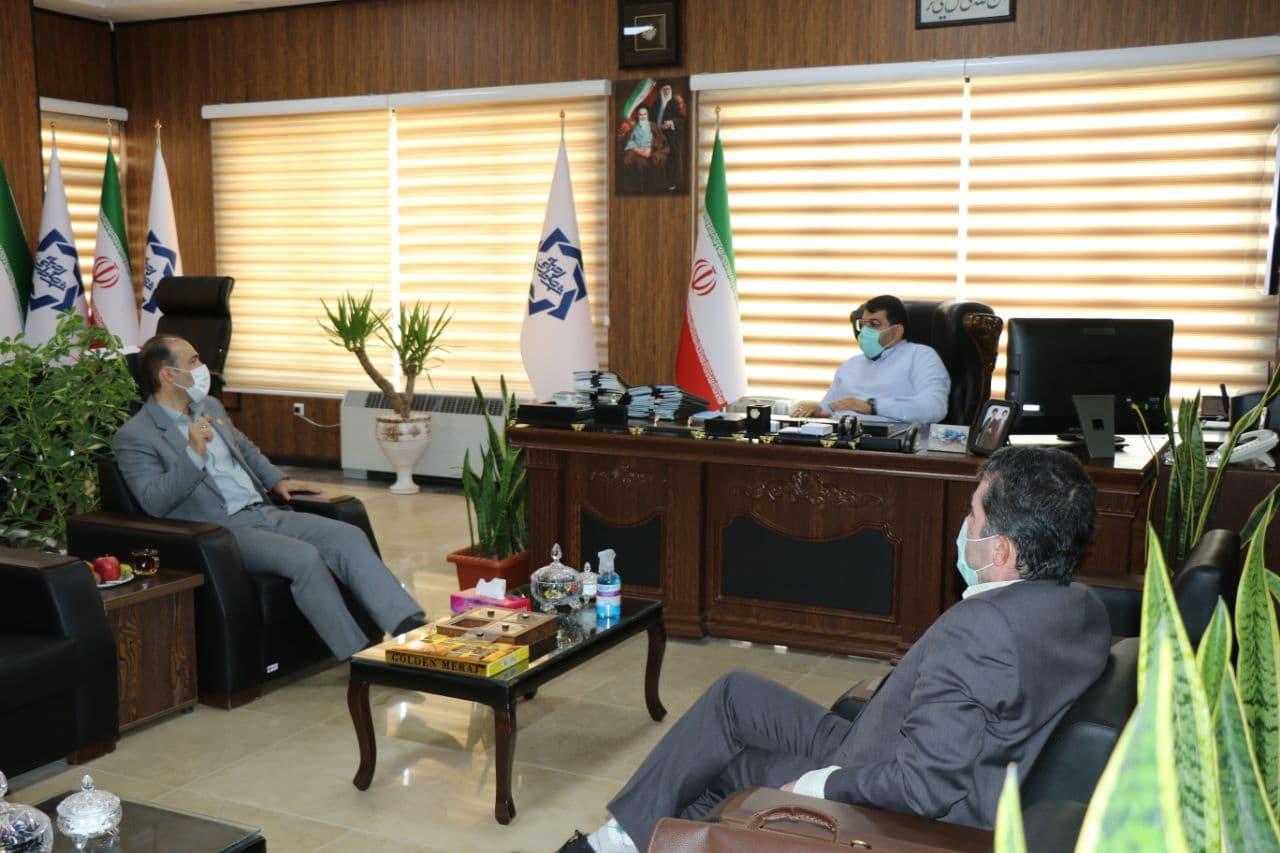 دیدار رییس آموزش و پرورش ناحیه۱ بهارستان با شهردار صالحیه